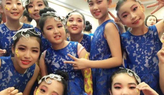 语众不同成人青少儿声乐唱歌专业培训机构